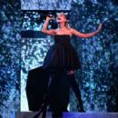 Ariana Grande – Performs at Billboard Music Awards 2018 in Las Vegas - 454 x 320