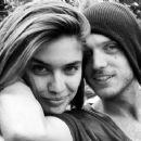 Alex DeLeon&Sara Sampaio