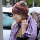 Kristen Bell Out To Eat Breakfast In Los Angeles, February 6 2010
