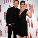 Debra Messing and Will Chase - 454 x 606