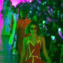 Bella Hadid – Off-White Womenswear Runway Show at Paris Fashion Week