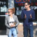 Isla Fisher and Sacha Cohen – Out for lunch in Los Angeles