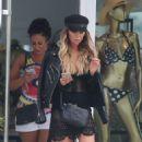 Lauren Pope – Shopping in Ibiza - 454 x 751