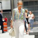 Jennifer Lopez – Leaving the Casa Lever in New York City