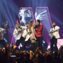 Jennifer Lopez and Smokey Robinson : The 61st Annual Grammy Awards Show - 454 x 291