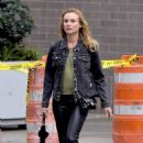 Diane Kruger in Skinny Black Leather Pants – Los Angeles 9/21/2016 - 454 x 688