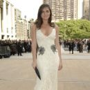 Hilary Rhoda - Monday, May 18, 2009