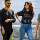 Selena Gomez – Out in Santa Monica