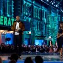 Will Smith, Halle Berry and Queen Latifah At The 2016 MTV Movie Awards - 454 x 302