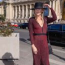 Alexandra Richards – Elie Saab Fashion Show in Paris - 454 x 682