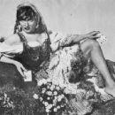 Marlene Dietrich - 454 x 344