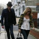 Sienna Miller - Visits Her Mother, 12-30-2007
