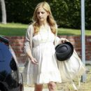 Sarah Prince - Arriving To Her Baby Shower - L.A (08/01/09)