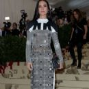 Jennifer Connelly – 2018 MET Costume Institute Gala in NYC - 454 x 715