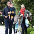 Molly Sims and Scott Stuber - 454 x 585