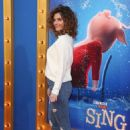 Maria Menounos- Premiere of Universal Pictures' 'Sing' - Arrivals - 454 x 666