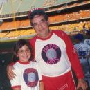 Tom Bosley with his daughter, Amy. 1977 - 454 x 722