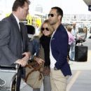 Pregnant Becki Newton: Flying With Her Man - 454 x 726