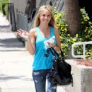 Haylie Duff - Shopping On Melrose Avenue, 2009-05-22