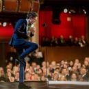 Eddie Redmayne- February 22, 2015-Behind the Scenes at the Oscars - 454 x 308