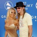 Kid Rock and Pamela Anderson - 310 x 451