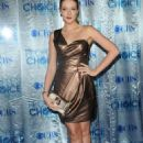 Jennifer Finnigan - People's Choice Awards at the Nokia Theater in Los Angeles - 05.01.2011 - 454 x 682