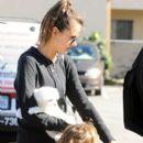 Alessandra Ambrosio Buys a New Puppy - 395 x 600