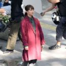 Alicia Vikander – Filming 'The Earthquake Bird' in Tokyo - 454 x 292