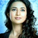 Actress Divyanka Tripathi Pictures - 440 x 440