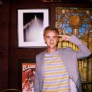 Outtakes from the recent photo shoot Harry Potter co-stars, Tom Felton and Rupert Grint took part in earlier this summer have arrived