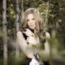Ana Johnsson - Album Shoot - 454 x 577