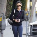 Emily Blunt: Mid-Week Workout