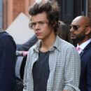 Harry Styles - One Direction filming a new music video in London (August 29)
