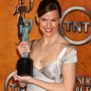 Jennifer Garner  - The 11th Annual Screen Actors Guild Awards (2005) - 404 x 612