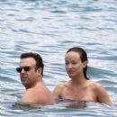 Olivia Wilde and Jason Sudeikis in Hawaii