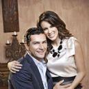Martín Fuentes and Jacqueline Bracamontes - Caras Magazine Pictorial [Mexico] (14 November 2012) - 454 x 681
