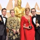 Sam Rockwell, Frances McDormand, Alison Janney and Gary Oldman At The 90th Annual Academy Awards - Press Room (2018) - 454 x 324