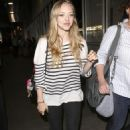 Amanda Seyfried Arriving At LAX Airport In Los Angeles, CA, 22 May 2010