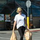 Charlize Theron – Shopping candids in Los Angeles - 454 x 601