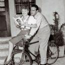 Phyllis Ruth and Bob Hope - 454 x 562