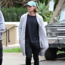Patrick Schwarzenegger and his mother Maria Shriver are spotted out house hunting for Patrick in Hollywood, California on January 10, 2017 - 443 x 600