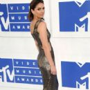 Shelley Hennig – MTV Video Music Awards 2016 in New York City 8/28/2016 - 454 x 681
