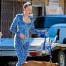 Miley Cyrus – Filming a movie candids in Los Angeles