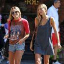 Jessica Hart And Ashley Hart