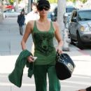 Paris Hilton - Beverly Hills, CA, 2010-04-13