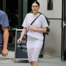 Jessie J is spotted out and about on September 4, 2015 in New York City - 434 x 600