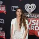 Sofia Reyes- 2017 iHeartRadio Music Awards - Arrivals - 454 x 681