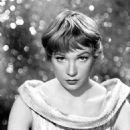 Shirley Maclaine Aa Ginnie Moorhead