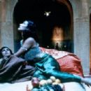 Ramon Tikaram and Indira Varma in Kama Sutra (1996)