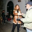 Maria Menounos Is Seen At Craig's Restaurant In West Hollywood - 450 x 600
